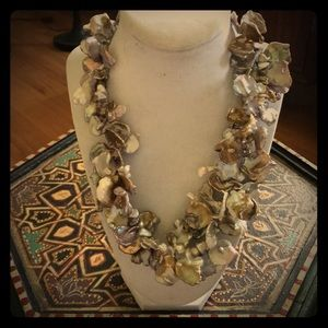"""Gorgeous """"formed"""" faux freshwater-pearl necklace."""